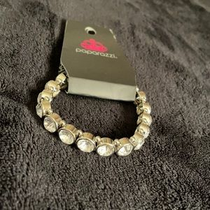 4 For $25 ⭐️ Paparazzi stretchy bling bracelet